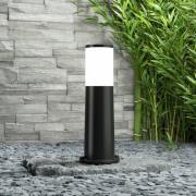 Amelia – sockellampa svart, höjd 40 cm